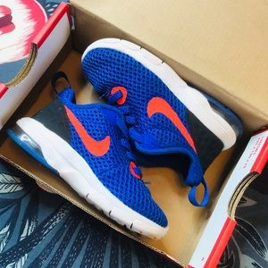 TODDLER NIKE AIR MAX MOTION LW SIZE 6C
